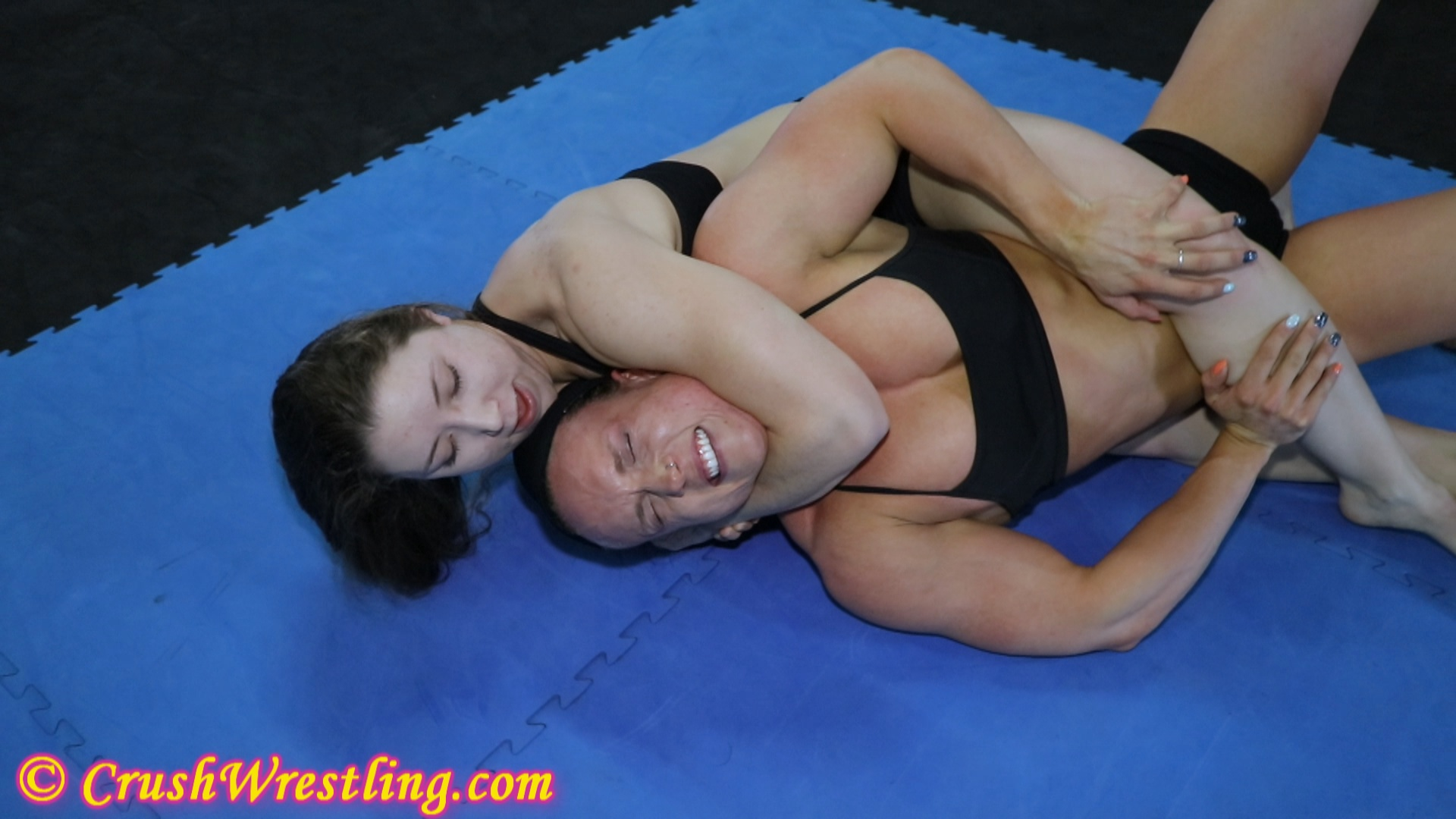 Nude Female Wrestling Clips 6